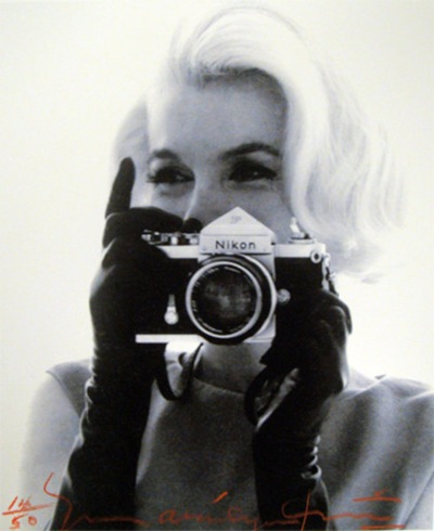 Marilyn photographing Bert Stern