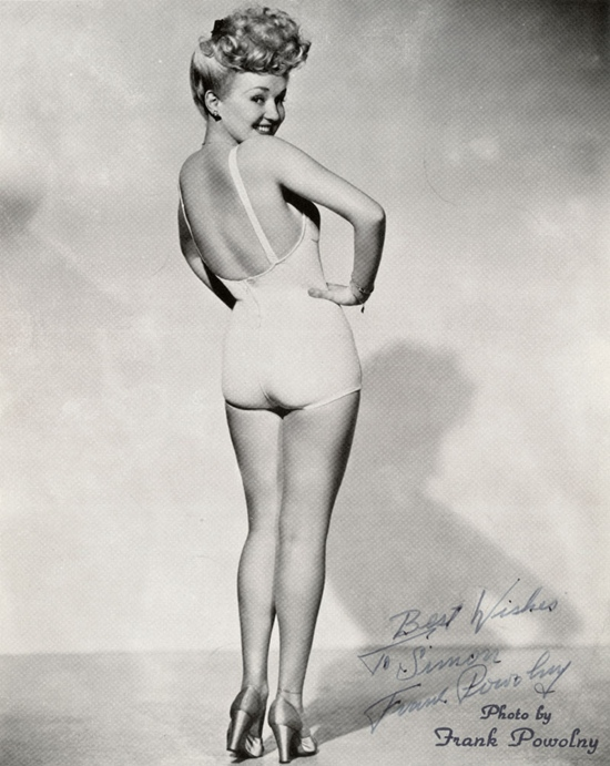 Betty_Grables_famous_WWII_pinup.JPG