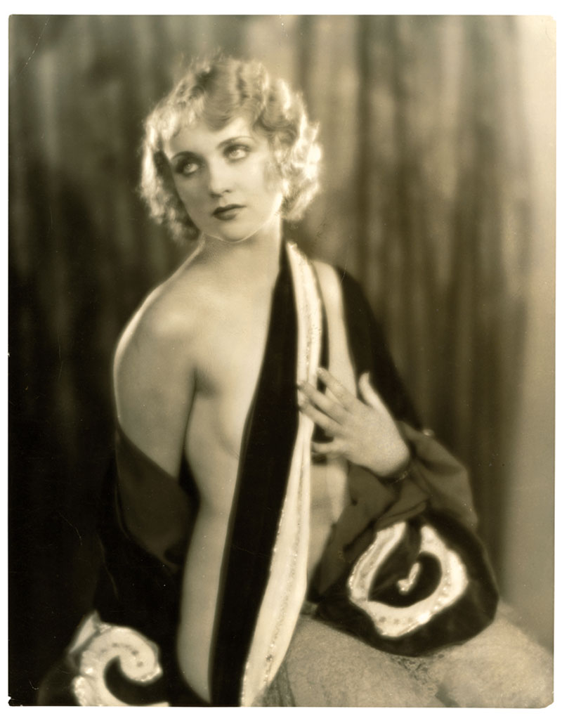 A risqué photo of Carole Lombard, 1929