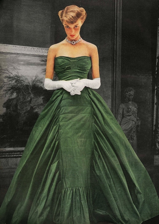 Jean Patchett in 1940s Vogue
