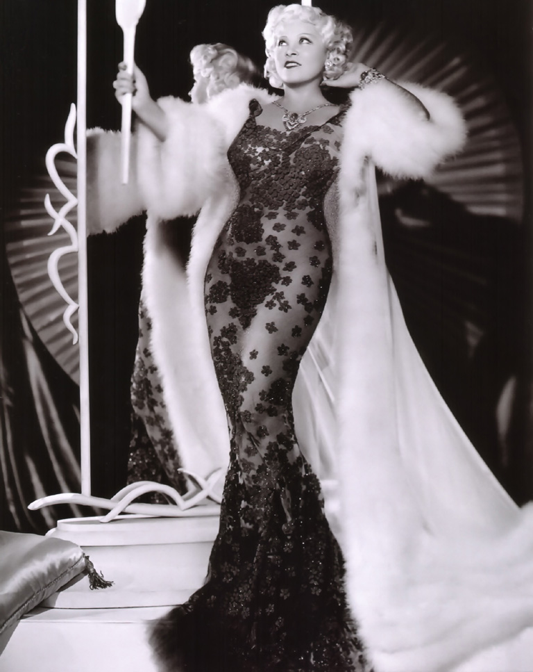 Hollywood Cocktails: Mae West