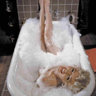 Marilyn Monroe in the bath