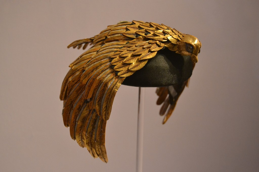 Elizabeth Taylors vulture crown from Cleopatra