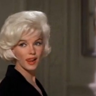 Marilyn Monroe's costume test for her unseen last movie (video)
