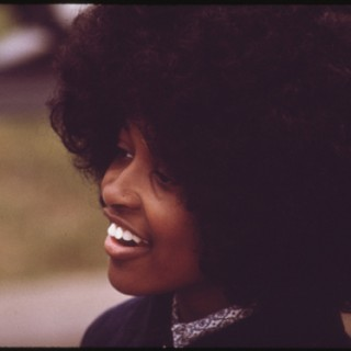 A gorgeous 1970s afro