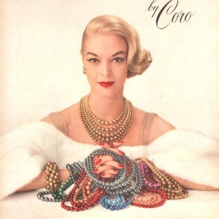 Wonderful coloured pearls from the 1950s
