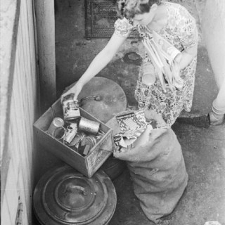 Gallery: Day in the Life of a Wartime Housewife (Part 2)